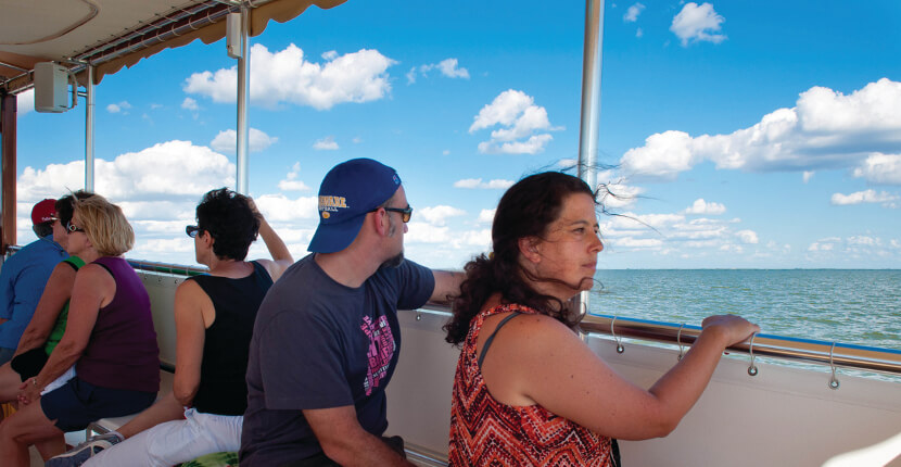 MustDo.com | Captiva Cruises has been transporting passengers to fun and exciting Southwest Florida out-island destinations for over 25 years. Family-friendly cruises and sightseeing tours. Captiva Island, Florida.