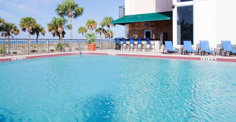 holiday-inn-lido-beach-pool-sarasota