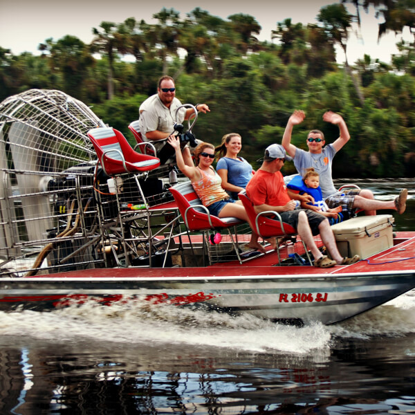 Scenic and exciting family friendly Peace River air boat tours Sarasota, Arcadia, Florida. Must Do Visitor Guides, MustDo.com