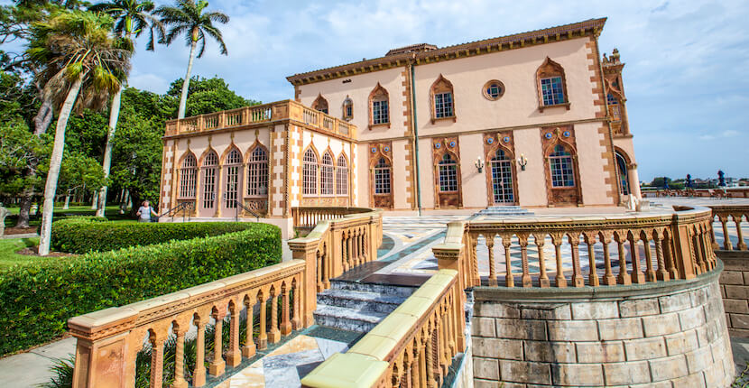 The Ringling Ca d'Zan is an elaborate Venetian-style villa modeled in part after the Doges Palace in Venice in Sarasota, USA. Built by circus magnate John Ringling and his wife Mable. The 56-room house and art museum are open for tourists. Must Do Visitor Guides, MustDo.com