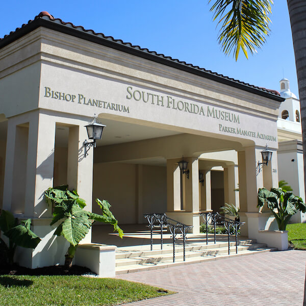 Discover Florida's story from the prehistoric to the present with life-sized casts of Ice Age mammals and fossils at the South Florida Museum, Bishop Planetarium & Parker Manatee Aquarium. Must Do Visitor Guides, MustDo.com