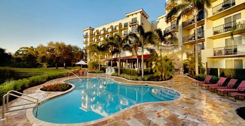 the-inn-at-pelican-bay-naples-fl-pool