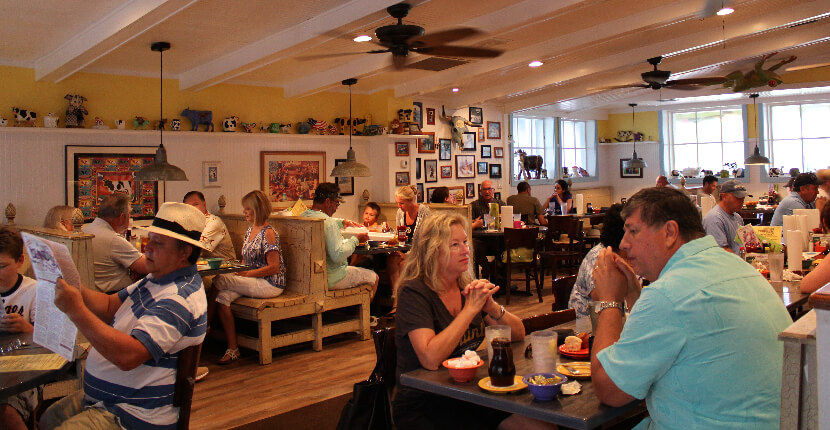 MustDo.com | Family-friendly casual breakfast, lunch, and dinner restaurant The Island Cow Sanibel Island, Florida. Must Do Visitor Guides Florida vacation information.