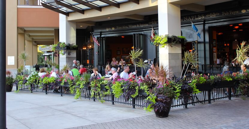 MustDo.com | The Pub at Mercato Naples, Florida. Must Do Visitor Guides Florida vacation information.