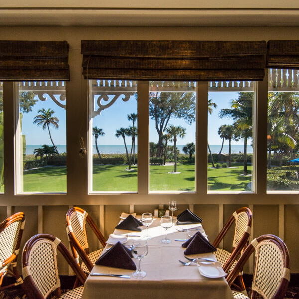 thistle-lodge-beachfront-restaurant-sanibel-island-florida-3