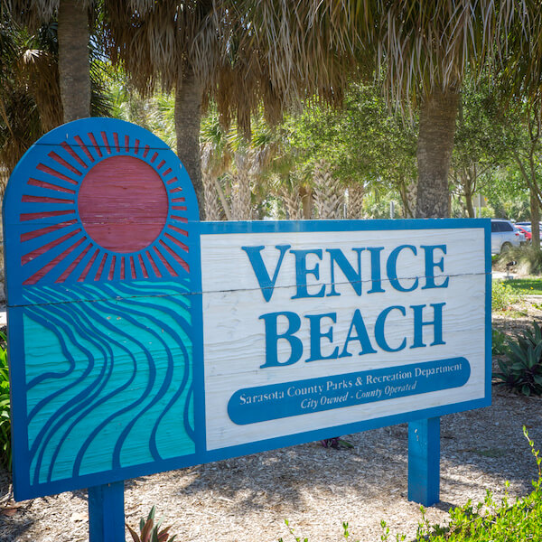 Venice Beach Venice, Florida. Photo by Jennifer Brinkman. Must Do Visitor Guides, MustDo.com.