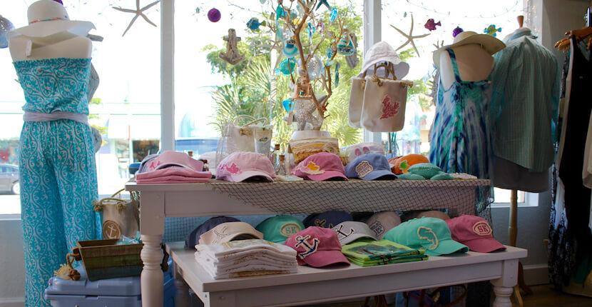 Island Trader boutique shopping Siesta Key Village Sarasota, Florida. Must Do Visitor Guides, MustDo.com.