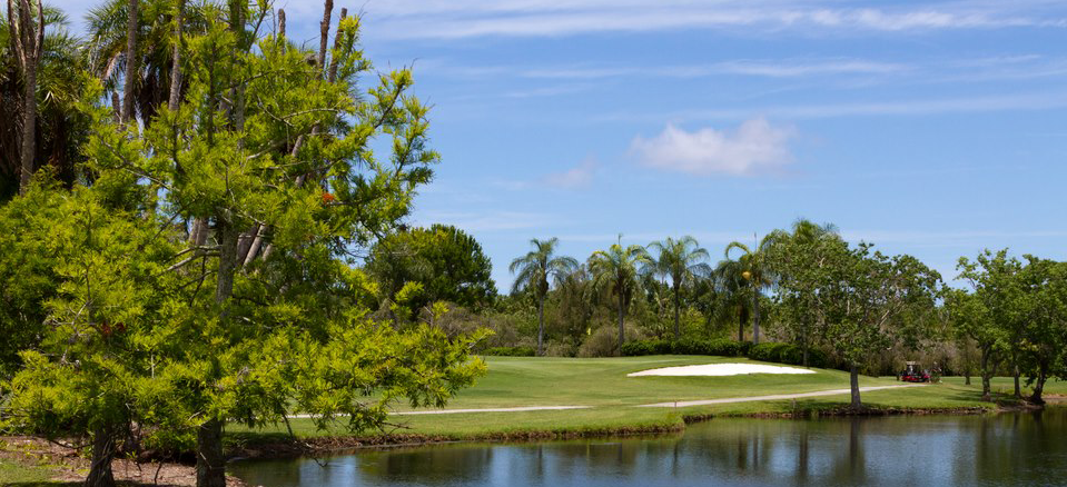 Manatee Golf Club in West Bradenton serves residents and visitors in the island communities of Longboat Key, Holmes Beach, and Anna Maria Island. This public golf course is one of the best in the area with Tif-Eagle greens installed in 2013. MustDo.com