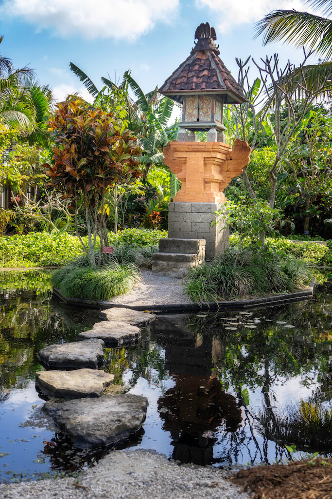 Naples Botanical Gardens is an outstanding 170-acre garden with themed gardens and water features complementing a 90-acre wetlands preserve. Naples, Florida. Photo by Jennifer Brinkman. Must Do Visitor Guides, MustDo.com