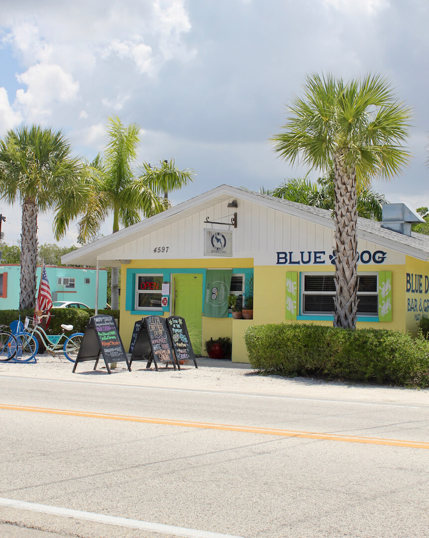 Blue Dog Bar & Grill casual seafood restaurant Matlacha, Florida | Must Do Visitor Guides
