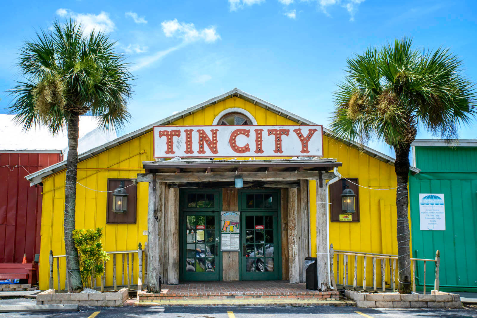 Whether you want to visit one of Naples beautiful beaches, enjoy lunch in historic Tin City, take a fishing trip from the City Dock, or go shopping at the Village on Venetian Bay or 5th Avenue South, the Naples Trolley Tour provides convenient regular service from 8:30 a.m. to 5:30 p.m. every day of the week. Photo by Jennifer Brinkman. | Must Do Visitor Guides