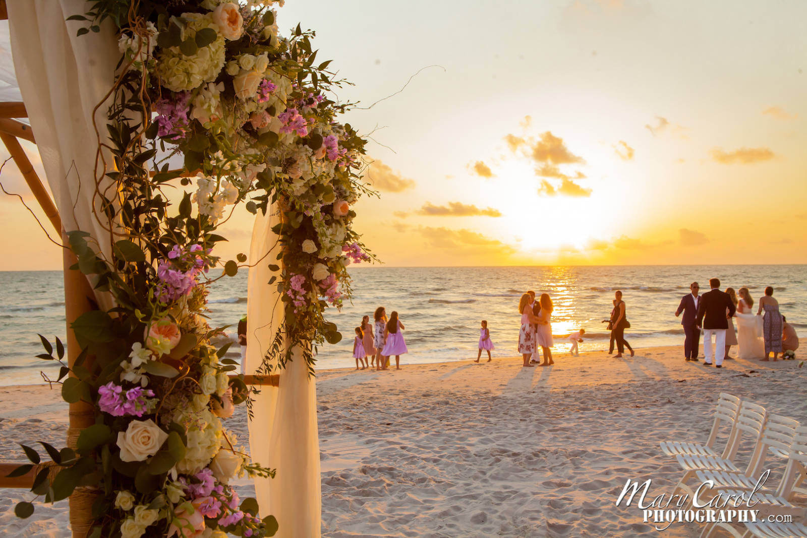 Destination Florida Beach Wedding The Blue Gulf Waters And Soft White Sand Create A Wonderful
