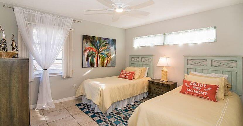 The Altez Vacations team applies luxury hotel operational principles and practices to the dynamic world of Siesta Key and Sarasota, Florida vacation home rentals.   Must Do Visitor Guides, MustDo.com
