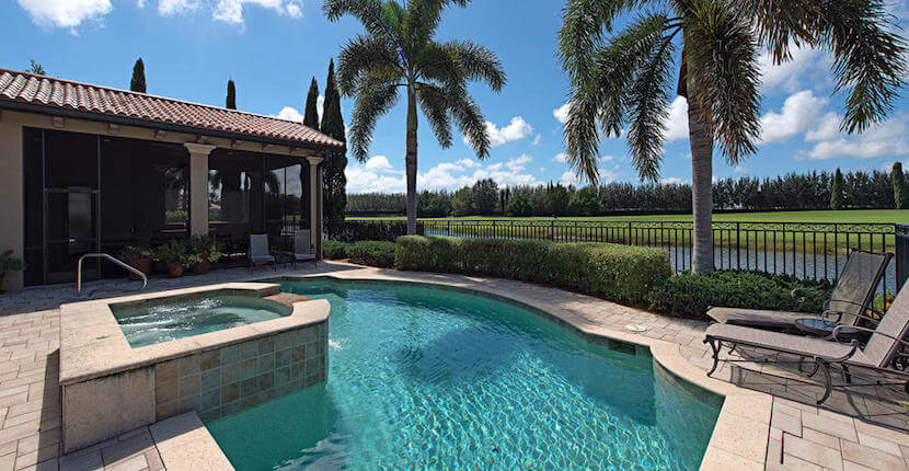 Royal Shell Vacations offer hundreds of Southwest Florida vacation rental properties in Naples or Bonita Springs.   Must Do Visitor Guides, MustDo.com