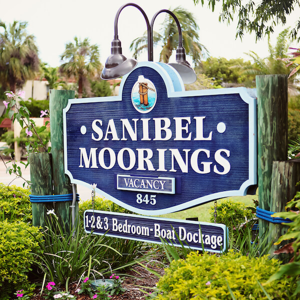 Sanibel Moorings offers fully furnished, luxurious 1, 2, and 3 bedroom vacation rental condo suites on Sanibel Island. Each accommodation features a full kitchen, dining area, comfortable living room, and a large, private screened patio lanai. #Florida #vacation #placestostay #beachfrontresorts #sanibel