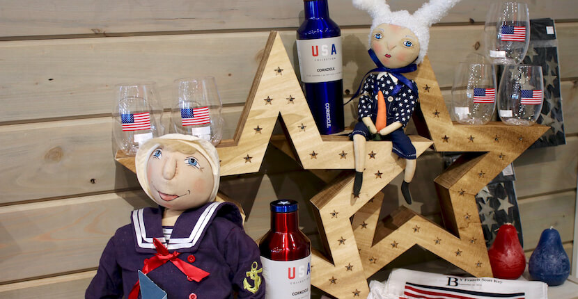 Independence Day deco Shelly's Gifts & Christmas Boutique Sarasota, Florida. Must Do Visitor Guides, MustDo.com.