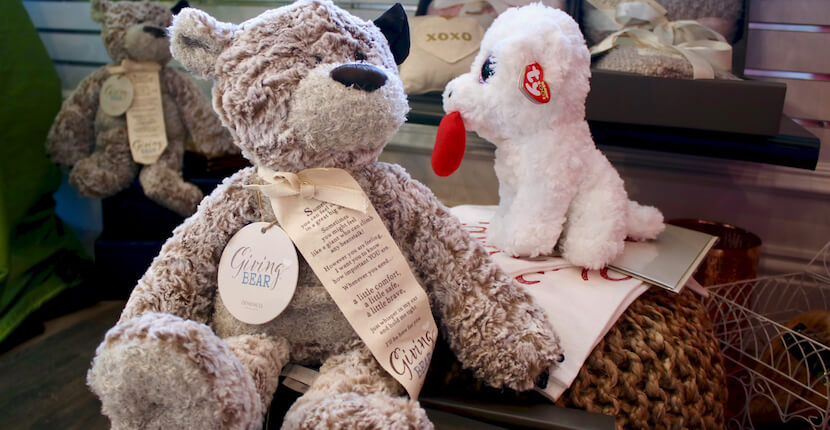 Teddy Bear Shelly's Gifts & Christmas Boutique Sarasota, Florida. Must Do Visitor Guides, MustDo.com.