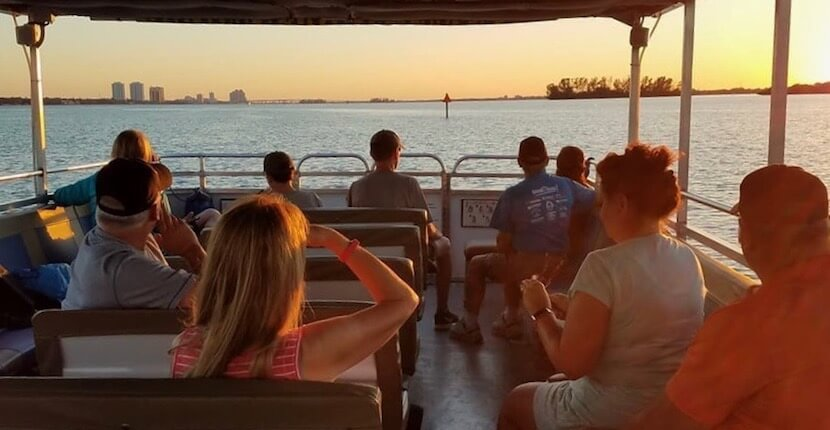 Experience the Caloosahatchee River on a Master Naturalist narrated sunset, eco-river, or seasonal manatee tour aboard the M/V River Queen, a 42 passenger 40' covered pontoon boat Fort Myers, Florida. Must Do Visitor Guides, MustDo.com