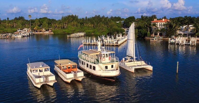 Captiva Cruises dolphin, sightseeing, sunset sailing, and wildlife tour boat cruises around Boca Grande, Cayo Costa, Sanibel and Captiva Island, Florida. Must Do Visitor Guides | MustDo.com