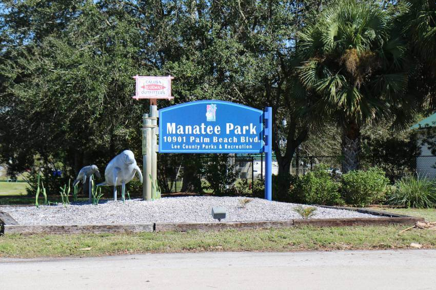 Entrance to Lee County Manatee Park Fort Myers, Florida. See manatees in the wild at Manatee Park in Fort Myers, Florida. Photo by Lauren Ettinger. Must Do Visitor Guides | MustDo.com