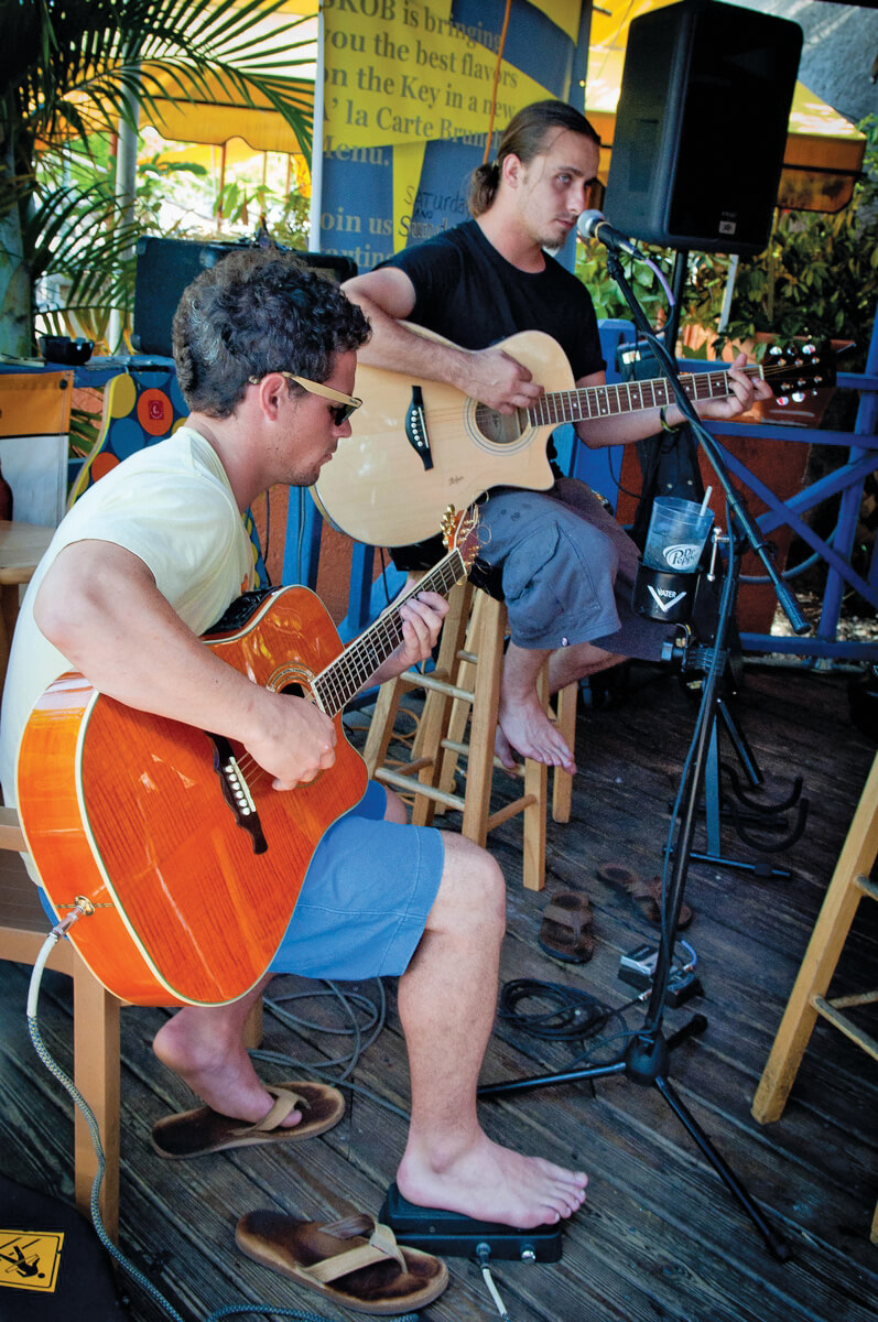 Siesta Key Oyster Bar's beachy, casual patio draws seafood lovers looking for laid-back fun with tasty bar fare classics, cold brews, and live music. Must Do Visitor Guides | MustDo,com