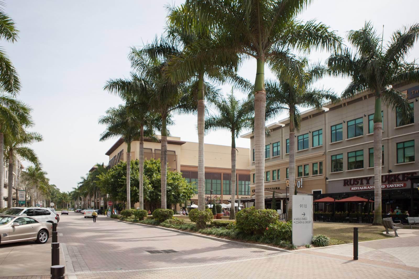 Mercato Shops Naples, Florida. Photo by Mary Carol Fitzgerald.