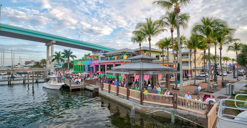 Enjoy Happy Houre and live music at Nervous Nellies and Ugly's Waterside Bar in Fort Myers Beach, Florida.