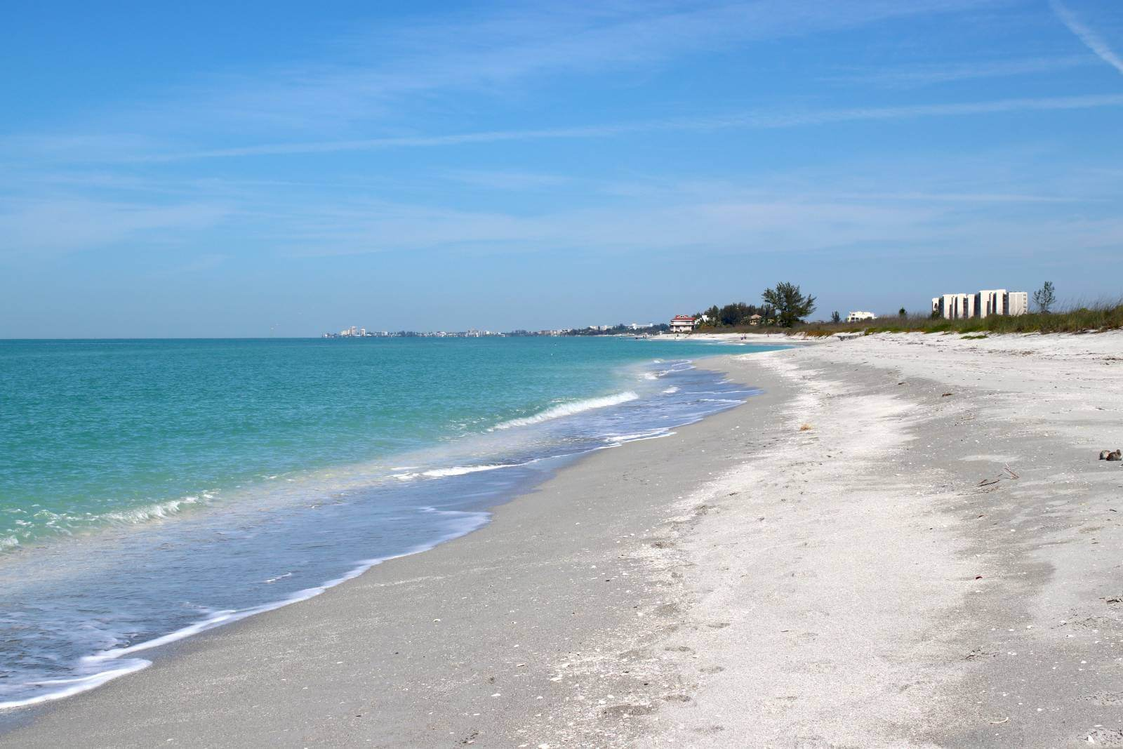 Secluded white sand beach at Midnight Pass in Siesta Key, Florida. Photo by Nita Ettinger. Must Do Visitor Guides | MustDo.com