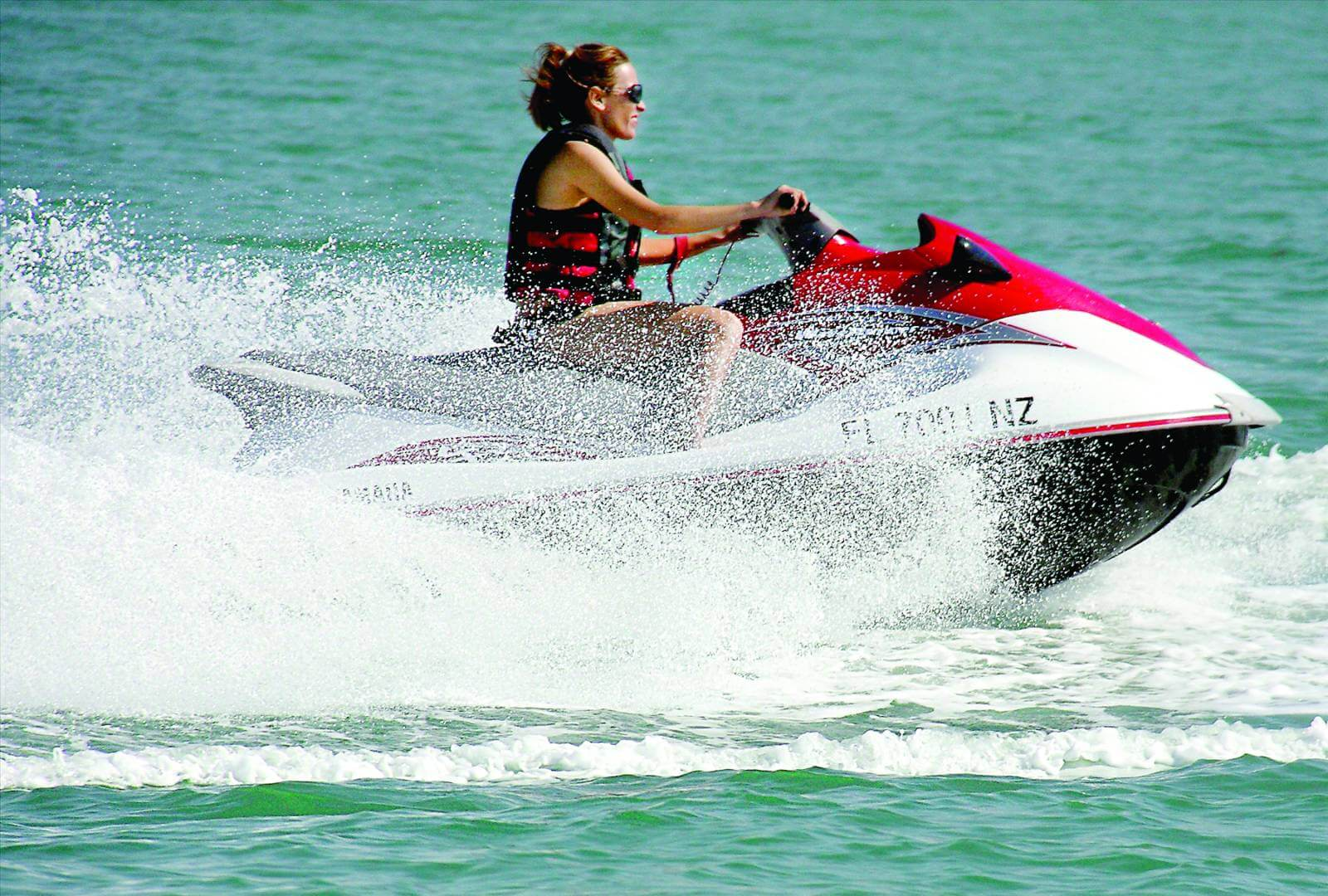 Marco Island Water Sports offers Jetski and WaveRunner tours and rentals in Marco Island, Florida.