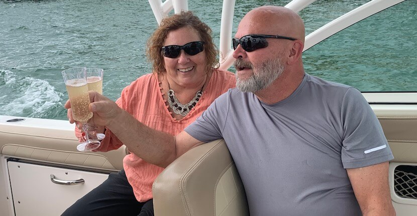 Paradise Key Charters private Sarasota, Venice, Siesta and Lido Key boat charter tours. Sunset cruise, dolphin, shelling, booze cruises and more. Must Do Visitor Guides