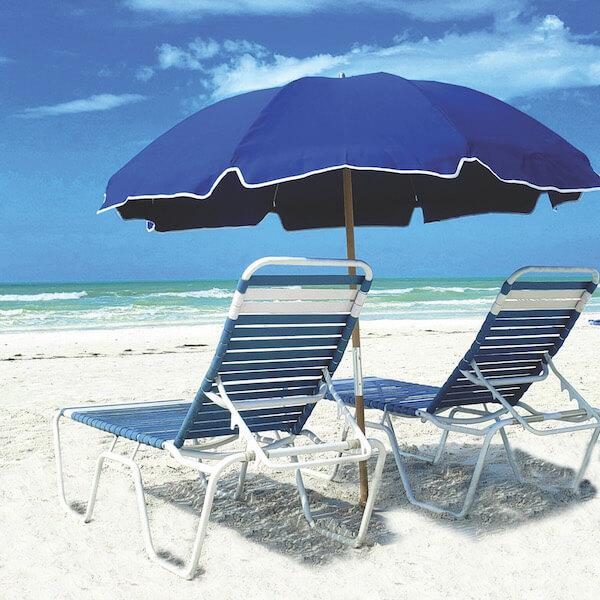 Relax on the beach in Siesta Key Beach a comfortable lounge beach chair or an upright beach chair rental from Siesta Key Beach Chairs.