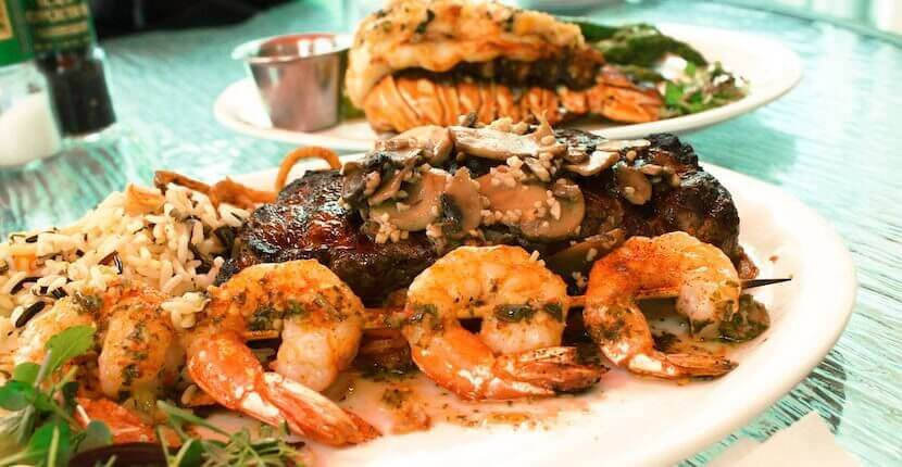 The Matanzas on the Bay waterfront Fort Myers Beach restaurant menu features a wide array of mouthwatering fresh seafood, steaks, burgers, salads, chowder, sandwiches, and more.