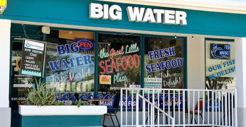 Big Water Market & Deli seafood restaurant Siesta Key, Florida. Must Do Visitor Guides | MustDo.com