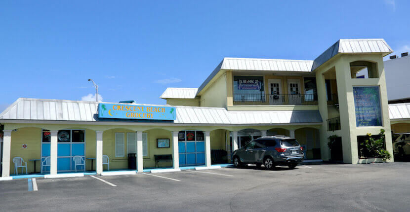 Exterior of Crescent Beach Grocery in Siesta Key, Florida